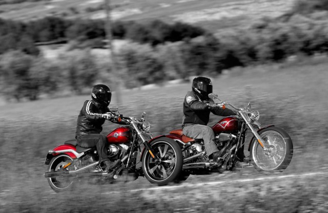 Comparativa: Harley Davidson Breakout y H-D CVO Breakout