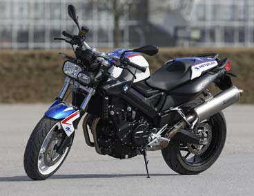 BMW lanza la F 800 R Chris Pfeiffer. CONOCELA!